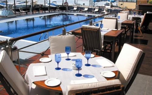Hotel Port Salins **** - Costa Brava hotel and appartments online ...