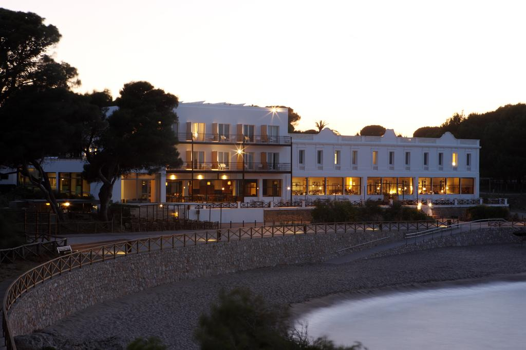 Hostal Spa Empuries Costa Brava Hotel And Appartments Online