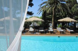 Hotel Trias, Palamós online bookings Relax on swimming pool